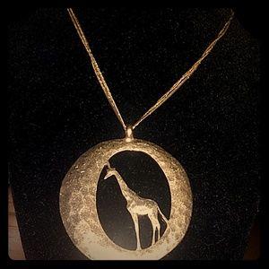 Lucky brand gold tone 🦒 giraffe pendant